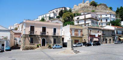 Ngôi làng đáng kinh hãi ở Ý