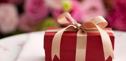 Làm thế nào để tặng quà – nhận quà đúng cách?