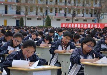 Thi cử ở Trung Quốc: Áp lực đại học nặng tựa núi Thái Sơn