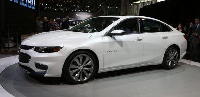 Toyota Camry đứng đầu bảng xếp hạng sedan bán chạy nhất Mỹ