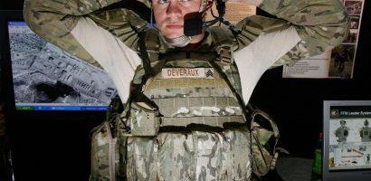"""Kinh ngạc áo giáp siêu chống đạn từ """"tơ rồng"""" của quân đội Mỹ"""