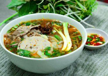 4 quán bún bò Huế cho bạn trọn vẹn hương Sài Gòn