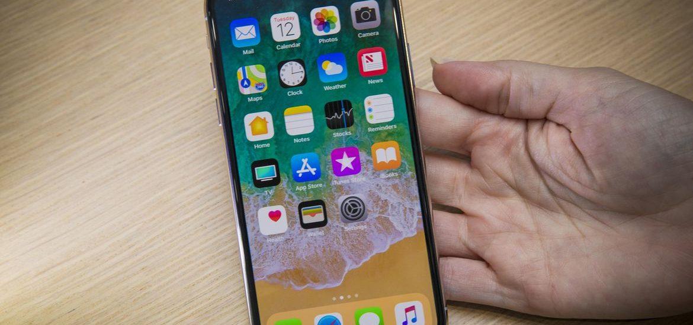 Khi khuyết điểm trên iPhone Xr đôi lúc lại trở thành ưu điểm với người dùng