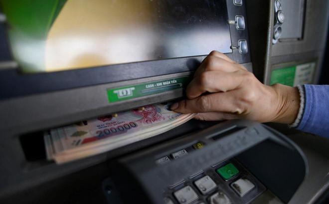Làm gì chuyển nhầm tiền và được chuyển nhầm tiền?