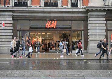 Zara và H&M chuyển hướng sang bán hàng online