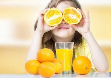 Cung cấp vitamin C cho trẻ nhỏ bao nhiêu là đủ?