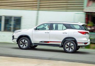 Có gì ở SUV đậm chất thể thao Toyota Fortuner TRD ?