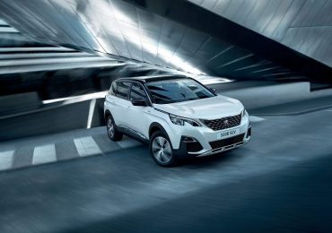 Bộ đôi SUV Peugeot 3008 và 5008 mê hoặc người dùng do đâu?