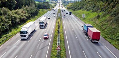 Lái xe ô tô trên đường cao tốc và những điều cần khắc cốt ghi tâm