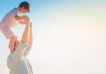 Cha mẹ nên giúp con lựa chọn nghề nghiệp càng sớm càng tốt